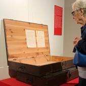Le casse originali in cui sono state ritrovate a Innsbruck le immagini della mostra Gesicht der Zeit (Il volto del tempo) in esposizione nell'ambito di Magnum's First. La prima mostra di Magnum presso il Museo Diocesano Carlo Maria Martini di Milano. © FPmag.