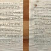 Le indicazioni per gli espositori incollate all'interno delle casse originali in cui sono state ritrovate a Innsbruck le immagini della mostra Gesicht der Zeit (Il volto del tempo) in esposizione nell'ambito di Magnum's First. La prima mostra di Magnum presso il Museo Diocesano Carlo Maria Martini di Milano. © FPmag.