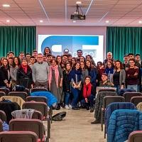 Foto di gruppo a fine giornata con gli studenti dell'stituto Tecnico Tecnologico G. B. Amico di Trapani. © Giovanni Cusenza.