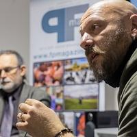 Gianfranco Ferraro durante la presentazione della fanzine fotografica Il signor Sindaco e la Città Futura. © Laura Farinoni/FPschool.