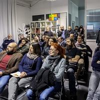 Un momento della presentazione della fanzine fotografica Il signor Sindaco e la Città Futura. © Laura Farinoni/FPschool.