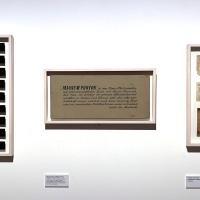 I cartellini originali della mostra Gesicht der Zeit (Il volto del tempo) con i nomi degli autori in esposizione nell'ambito di Magnum's First. La prima mostra di Magnum presso il Museo Diocesano Carlo Maria Martini di Milano. © FPmag.